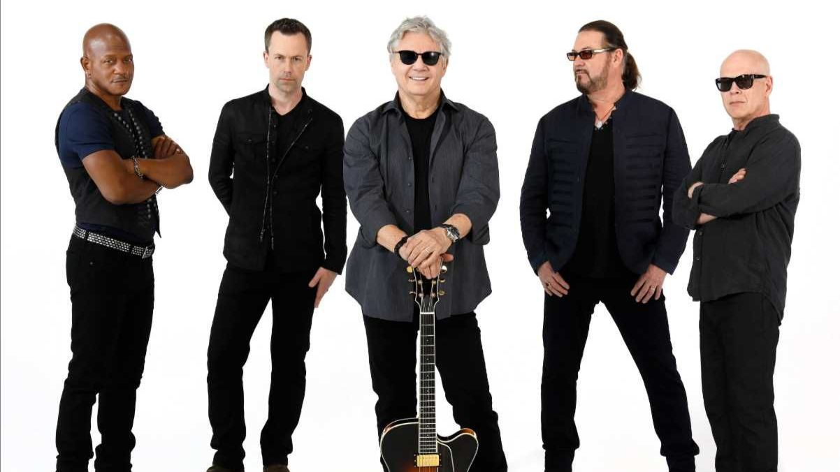 STEVE MILLER BAND AND MARTY STUART